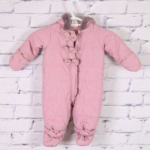 NWOT pink baby snowsuit with faux-fur hood b4